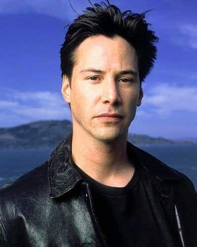Keanu Reeves: Karanlıktan korkuyor.